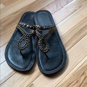 Mossimo sandals Like new